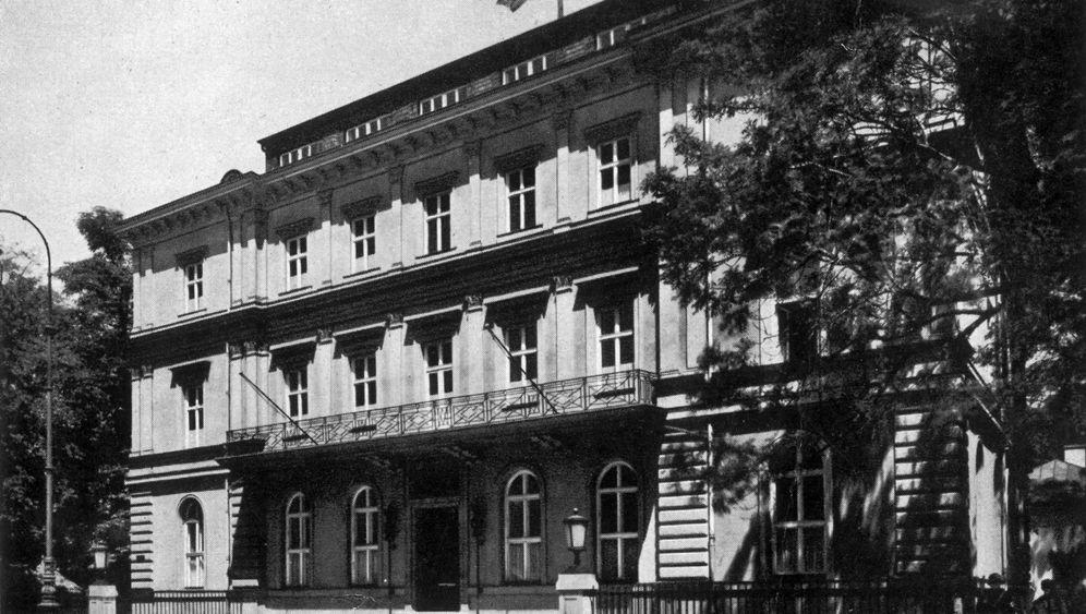 NS-Dokumentationszentrum München: Weißes Haus, brauner Grund