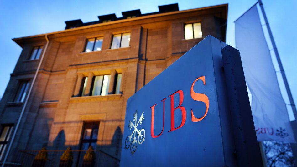 """UBS-Filiale in Düsseldorf: """"Keine Geschäfte mit uneinsichtigen Steuerhinterziehern"""""""