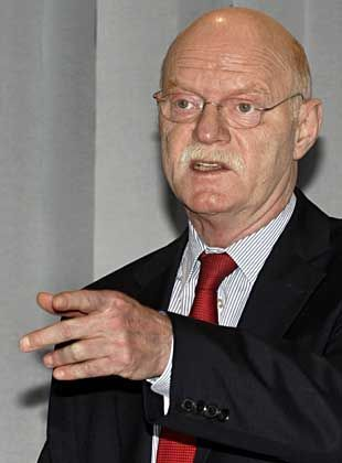 """SPD-Fraktionschef Struck: """"Lasst Euch von dieser Art Unprofessionalität nicht provozieren"""""""