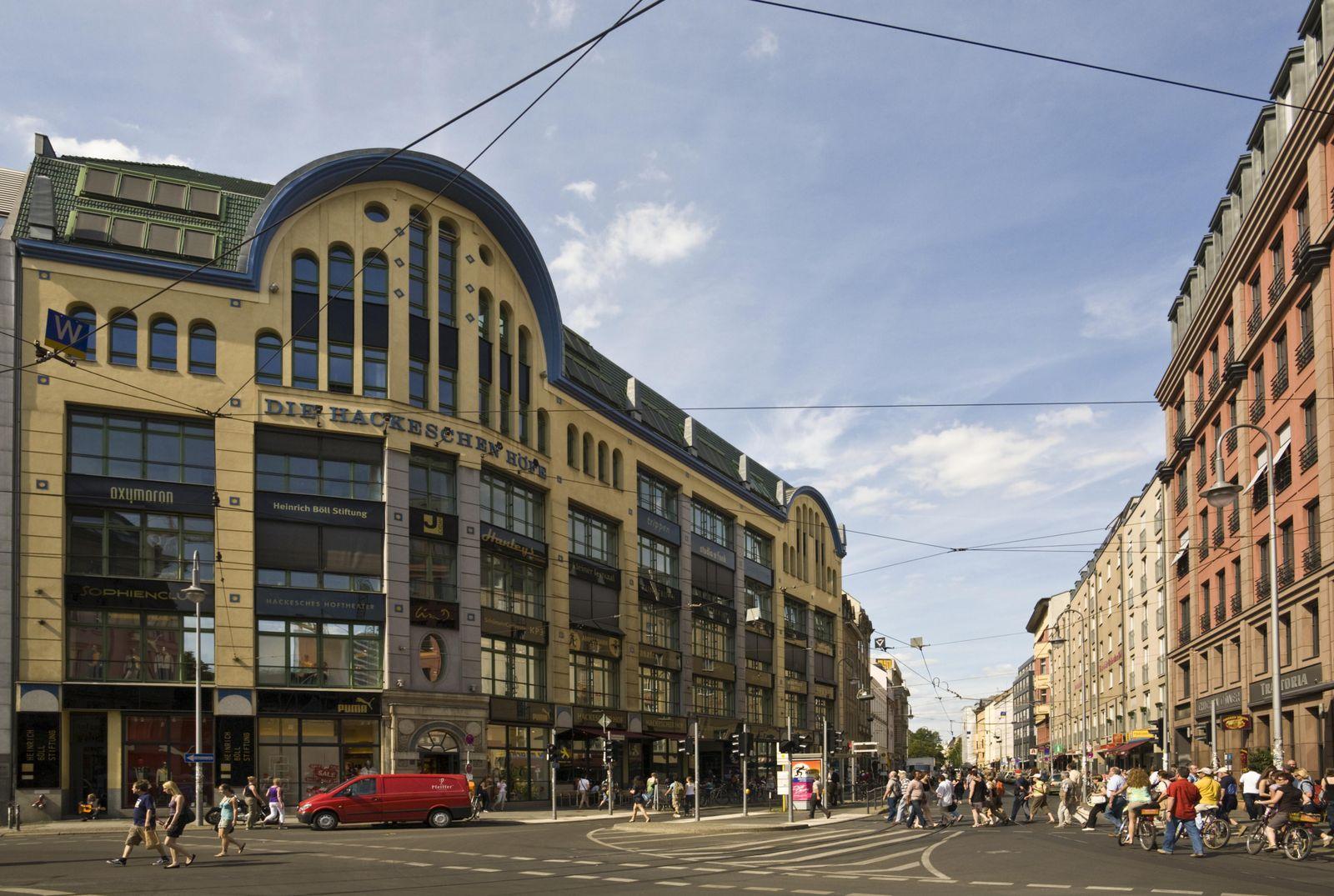 Hackesche Höfe, Oranienburger Straße, Rosenthaler Straße, Mitte, Berlin, Deutschland, Europa