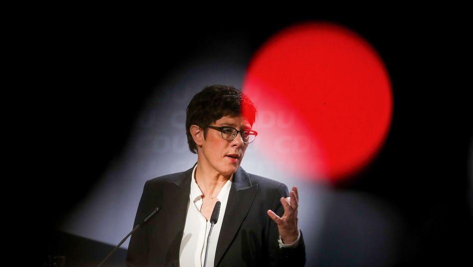 """Annegret Kramp-Karrenbauer bei der CDU-Klausurtagung: AKK stellt die """"Z-Frage"""""""