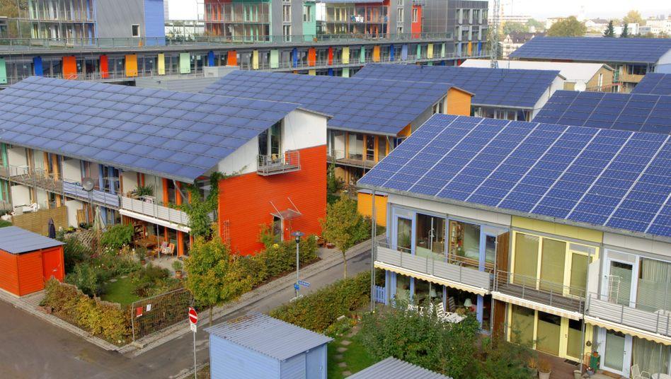 Plus-Energie-Musterhaus: Geld vom Staat für Häusersanierer