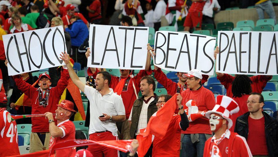 """Schweizer Fans nach dem Erfolg gegen Spanien: """"Kleines Land, großer Sieg"""""""