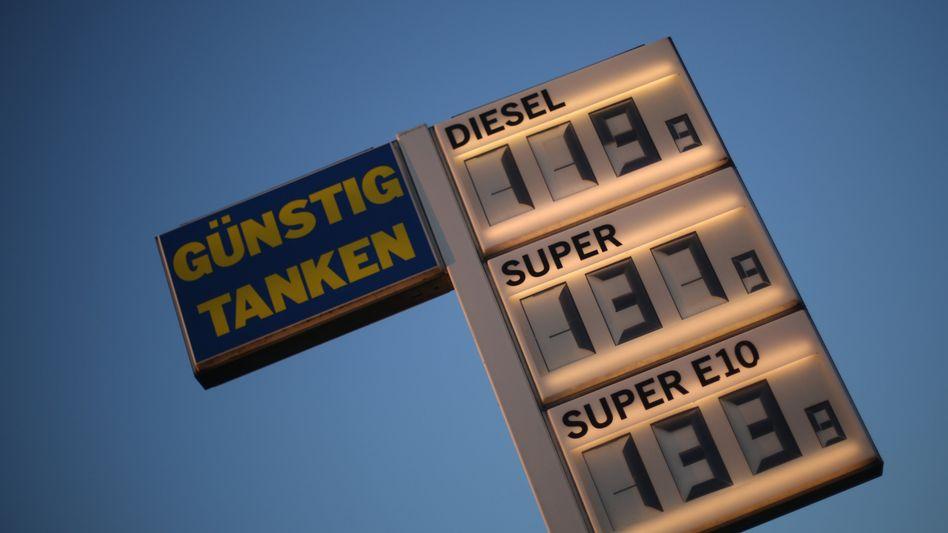 Tankstelle in Nordrhein-Westfalen: Kraftstoff wurde schlagartig teurer