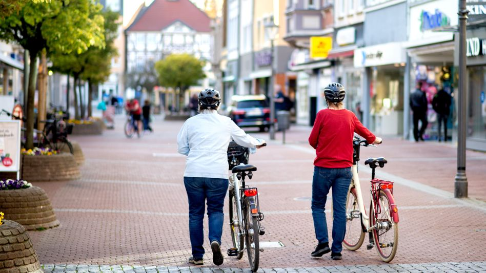 Leere Innenstadt (in Peine, Niedersachsen): Liegt's an den Verboten oder der Angst?