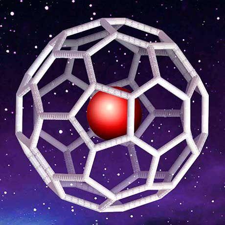 """Buckyball mit eingeschlossenem Edelgasatom: """"Solche Moleküle bilden sich in Sternen"""""""