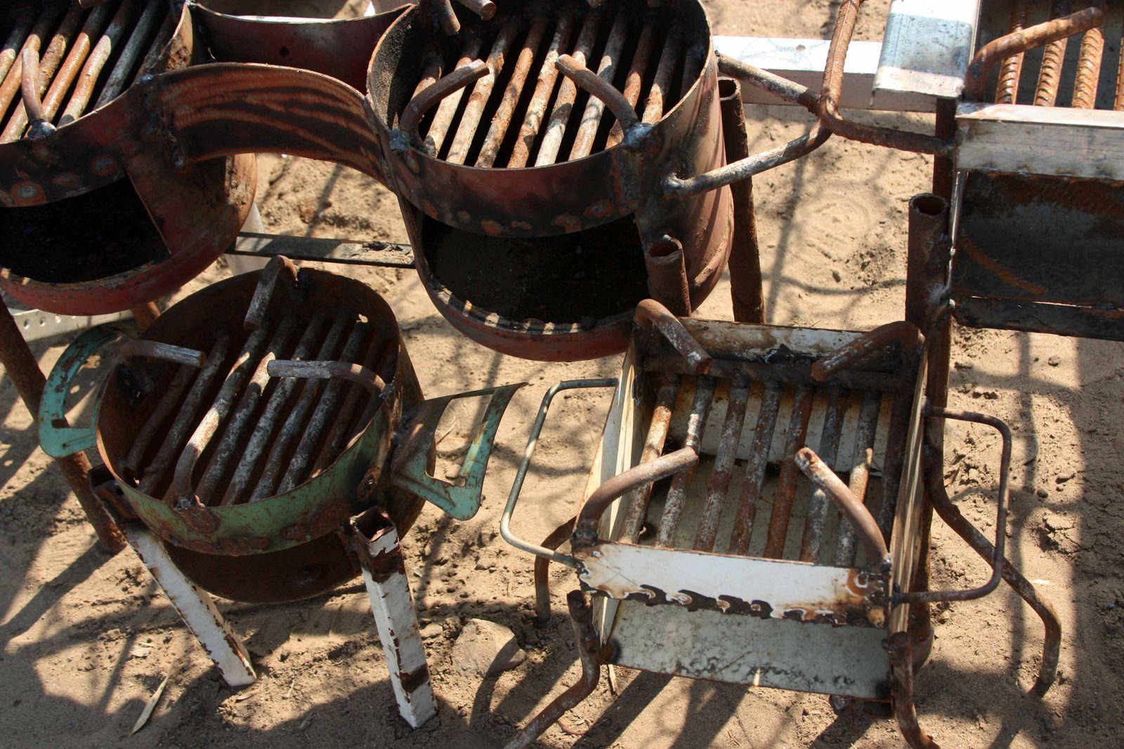 Kohleöfen für den Innenraum Mosambik