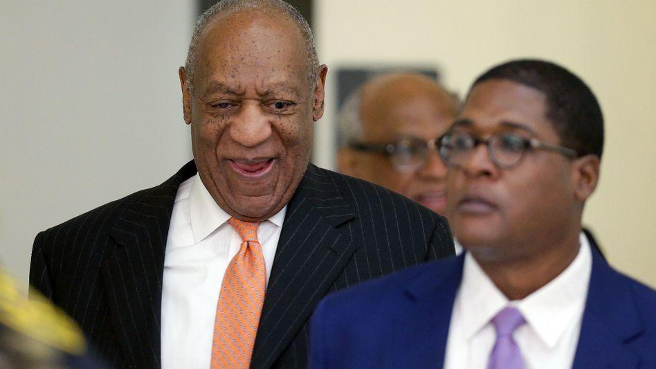 Bill Cosby (l.) mit seinem Anwalt