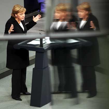 Merkel: Bescheinigt sich positive Zwischenbilanz