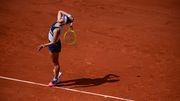 Krejčíková ist nach großem Kampf erstmals Siegerin der French Open