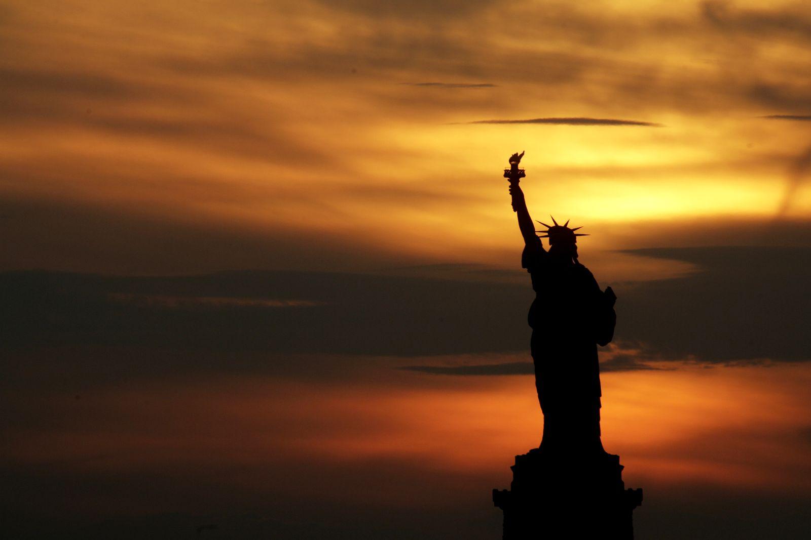 Sonnenuntergang / Freiheitsstatue