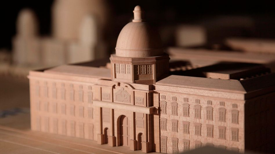Modell des rekonstruierten Berliner Stadtschlosses: Plädoyer für die Kuppel