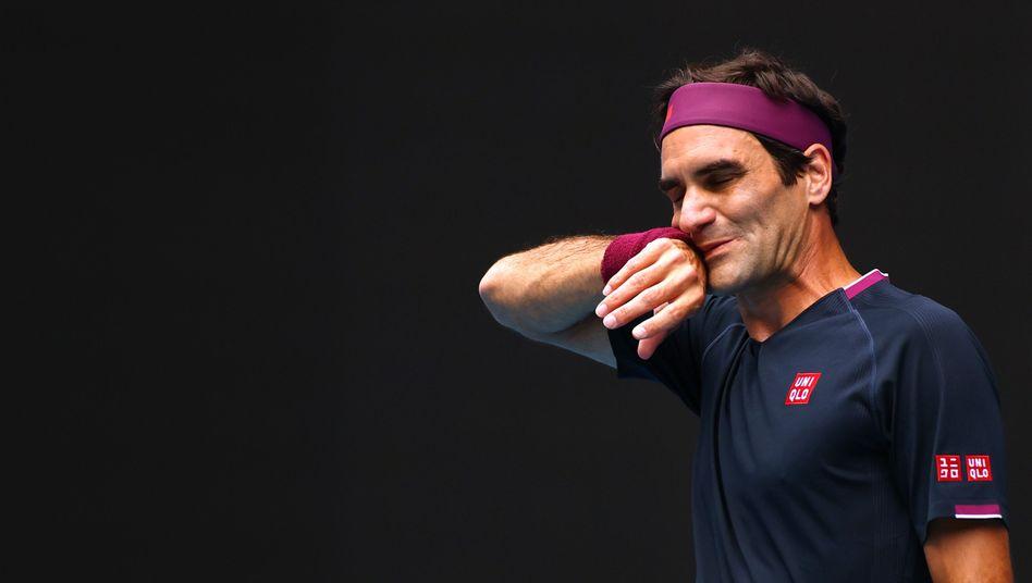 Roger Federer muss mindestens zwei Monate mit dem Prodfitennis aussetzen