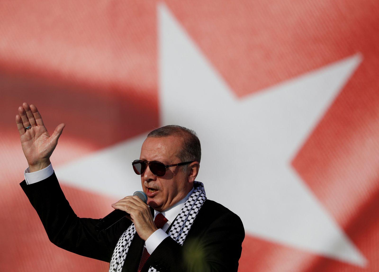 EINMALIGE VERWENDUNG WL SPIEGEL+ 24/2018 S.10 TURKEY-ELECTION/MINISTERS