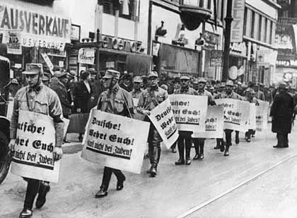 """SA-Aufmarsch am 9. November 1938: """"Schlimmste Verfolgung der Juden"""""""