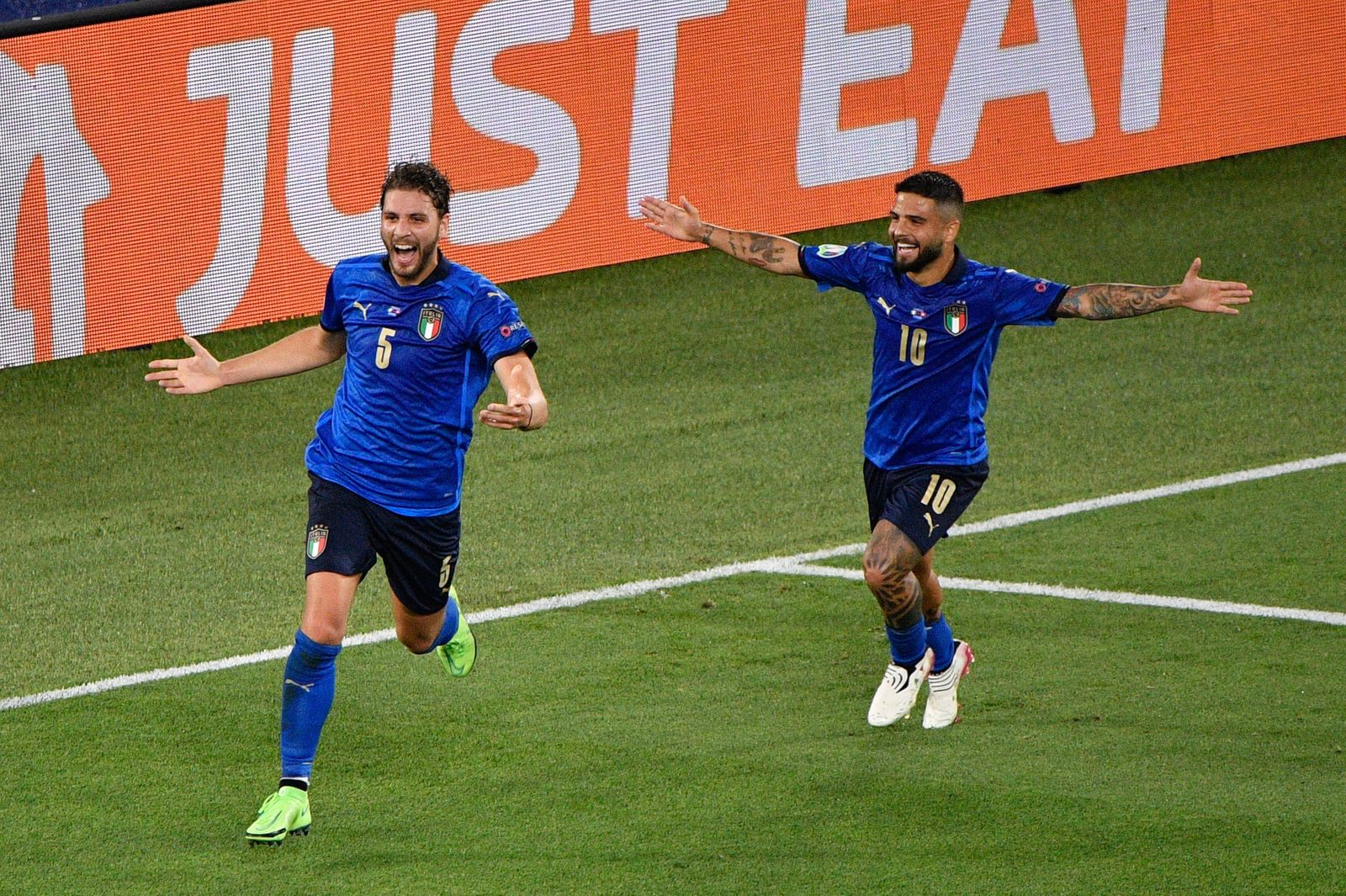 Manuel Locatelli of Italy celebrates after scoring goal 1-0 seen in action during the UEFA EURO, EM, Europameisterschaft