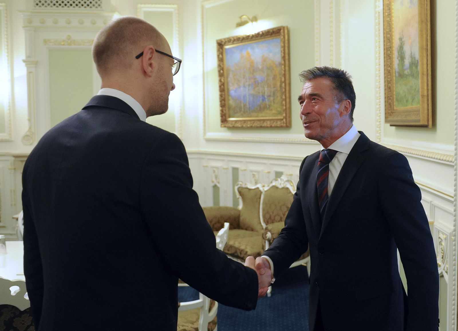 Arseniy Yatsenyuk, Anders Fogh Rasmussen