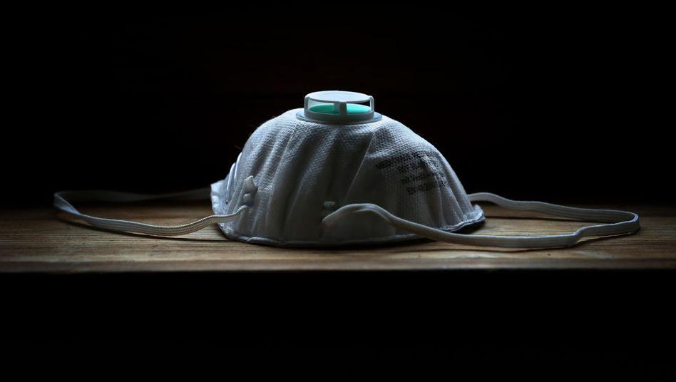 """Atemschutzmaske """"FFP2"""": Für viele unsinnig"""