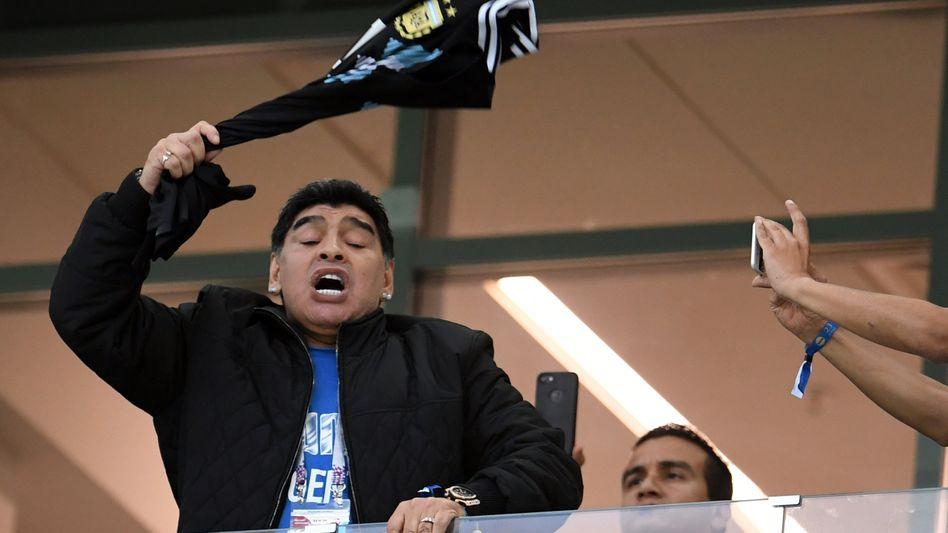 Maradona mit Trikot