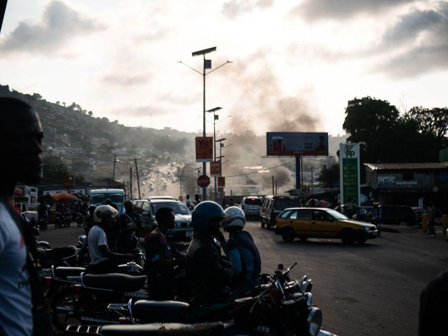 Sierra Leone gehört zu den ärmsten Ländern der Welt. Staatliche Hilfen bekommen Menschen mit Behinderungen nicht.