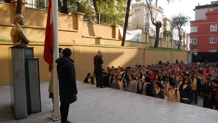 Schüler in der Türkei: Und täglich grüßt der Atatürk
