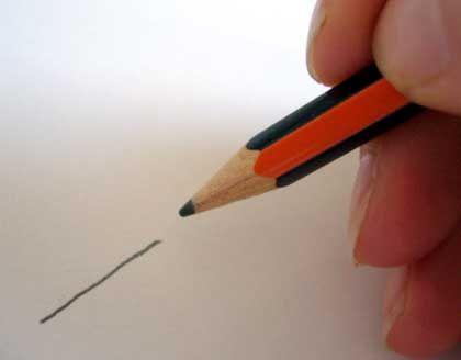 Bleistiftstrich: Schicht aus Kohlenstoff als Nachweis für tunnelnde Elektronen