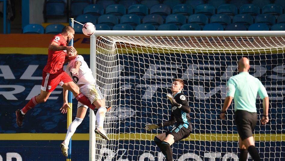 Eins von sieben Treffern in der Partie von Leeds United gegen Fulham