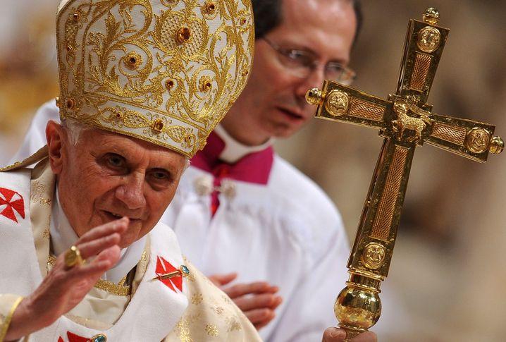 """Papst Benedikt XVI.: """"Sexualpolitische Wende"""" im Vatikan?"""