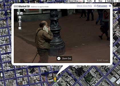 Ahnungsloser Passant: Von Google beim Bohren in der Nase fotografiert