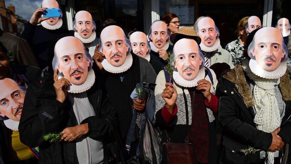 Parade zum 400. Todestag: Ein Shakespeare? Nein, Hunderte!
