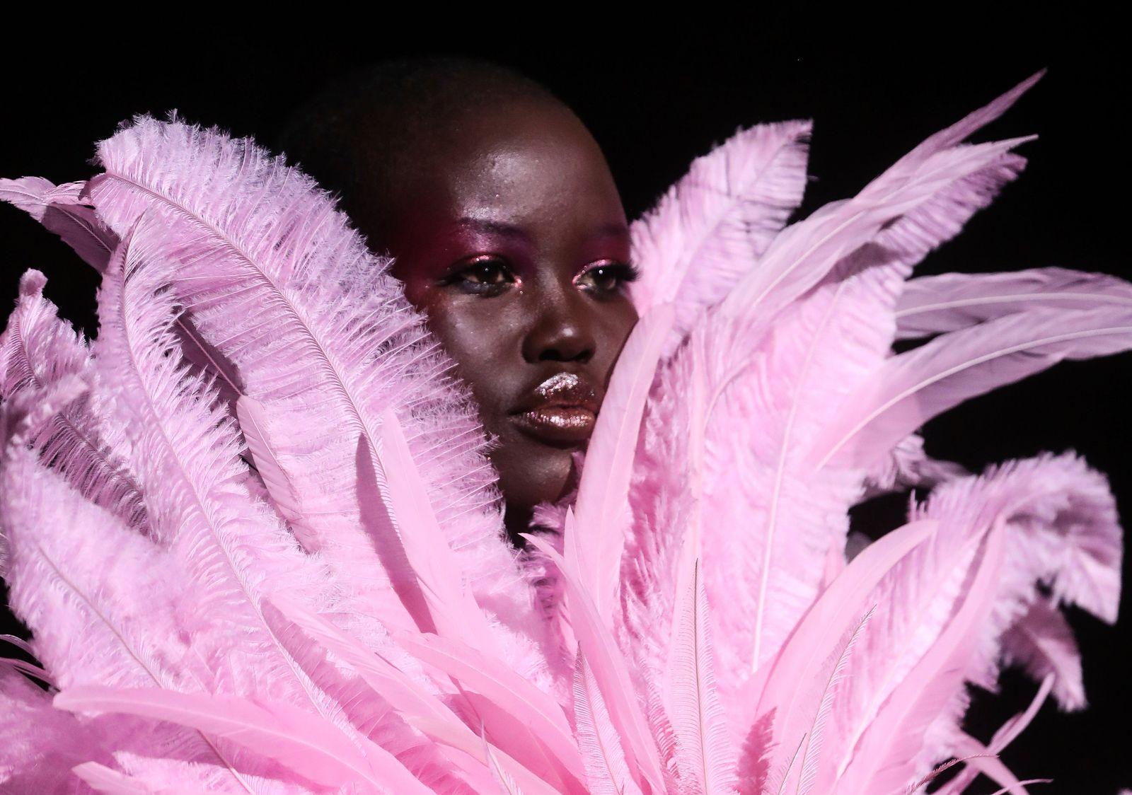Haute-Couture-Show in Paris - Valentino