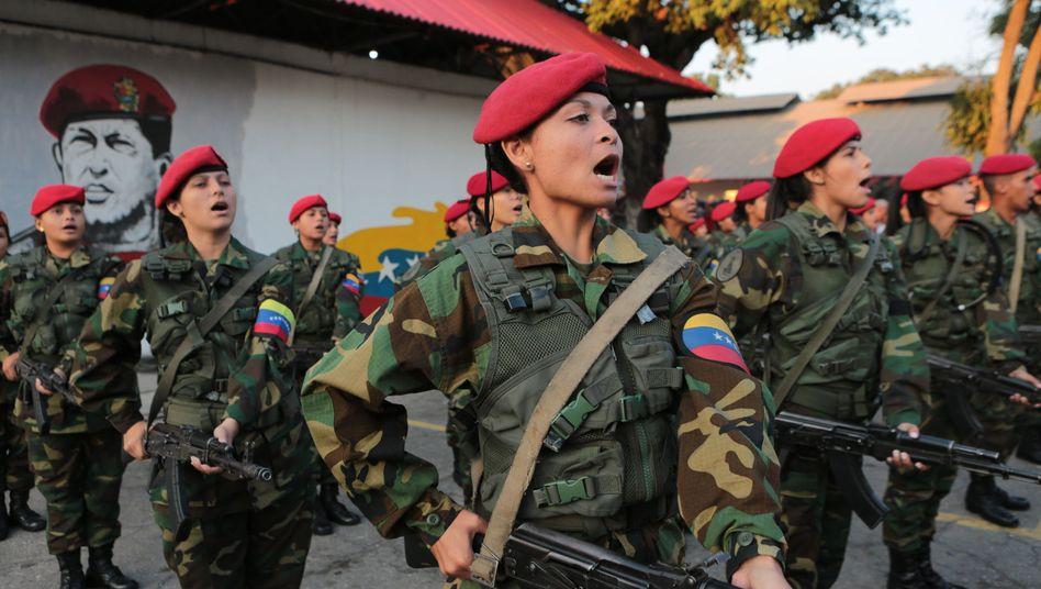 Soldatinnen in Venezuela