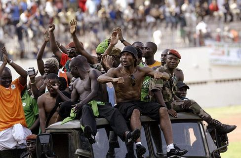 Presidential election stirs ethnic clashes in Ivory Coast town