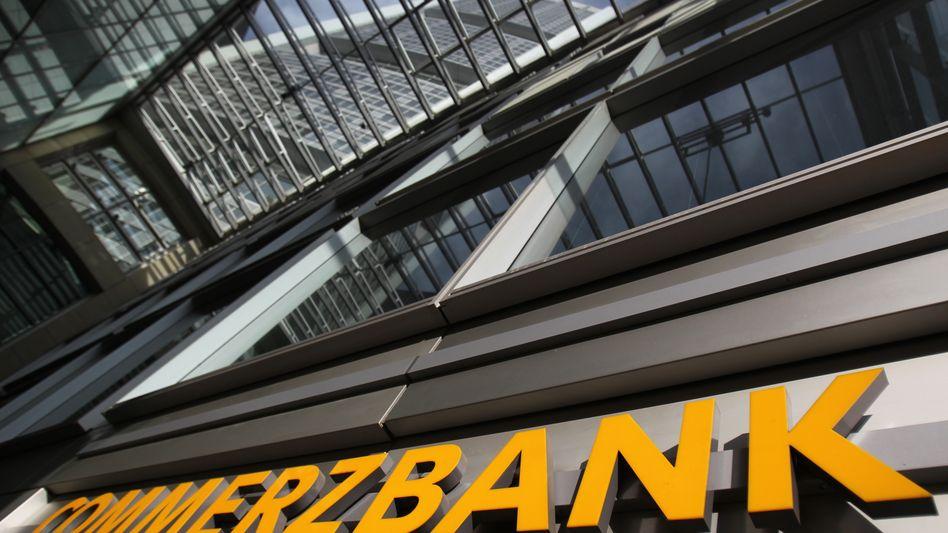 Commerzbank-Zentrale in Frankfurt: Kapitalbedarf von 5,3 Milliarden Euro