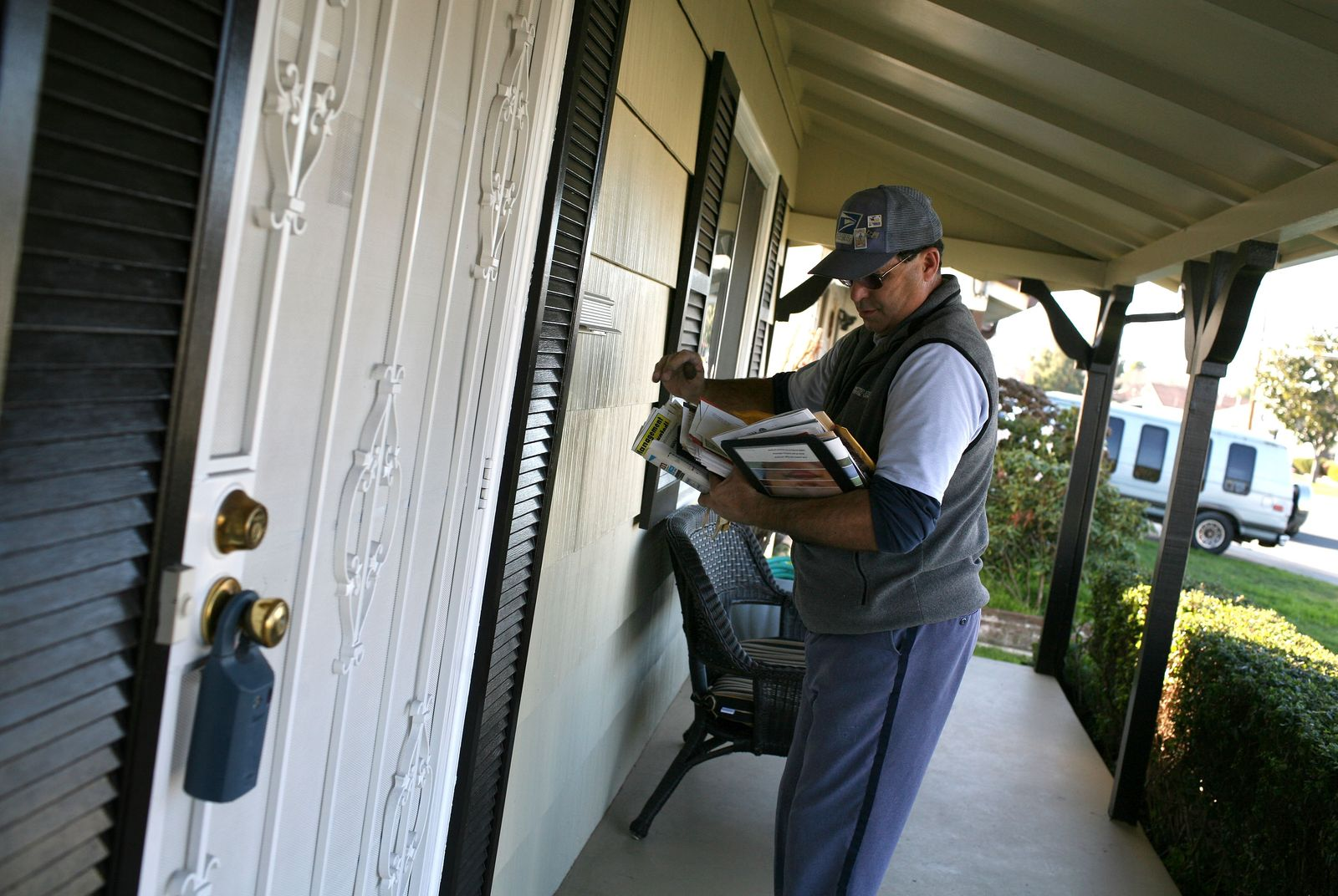 U.S. Postal Service Considers Cutting Mail Delivery By One Day