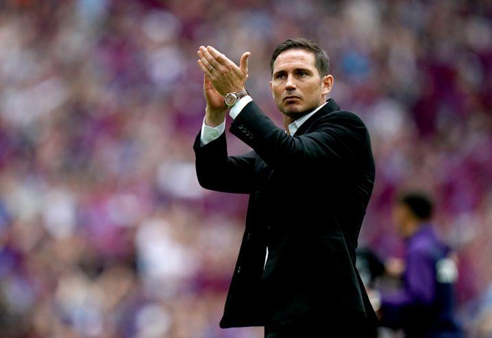 Frank Lampard gilt als möglicher Nachfolger von Maurizio Sarri beim FC Chelsea