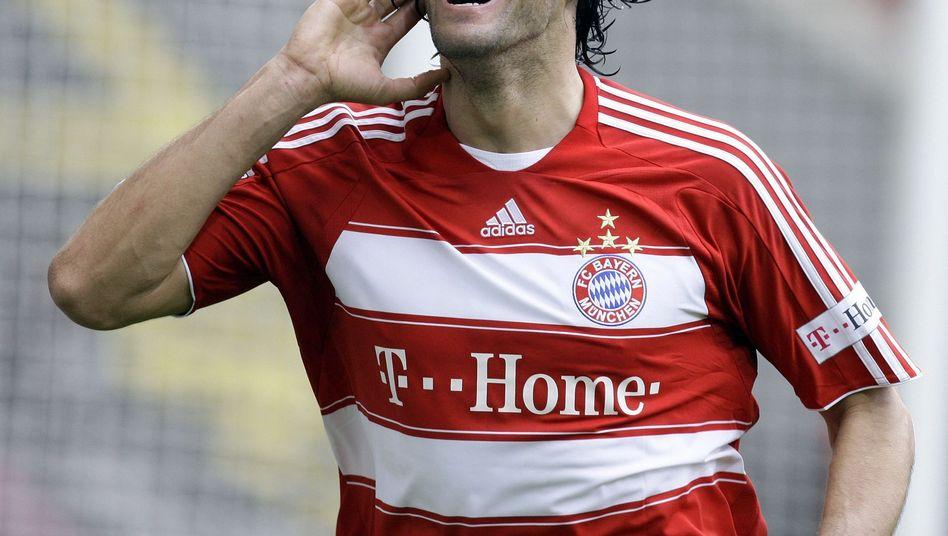 Ex-Bayern-Star Toni: Erfolg vor Gericht
