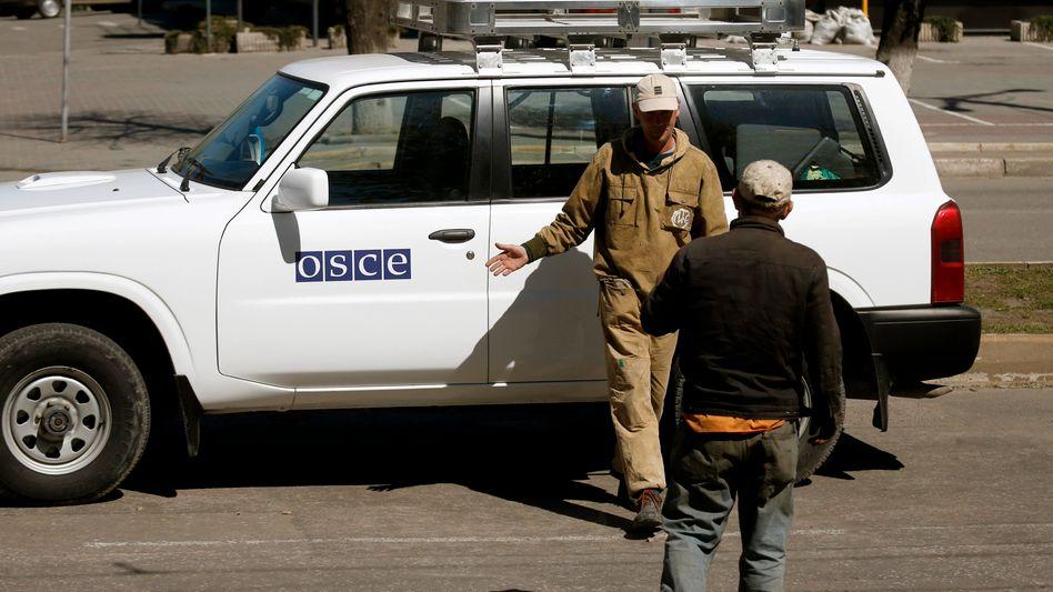 OSZE-Auto in Luhansk (Archivbild): Einsätze in der Ostukraine