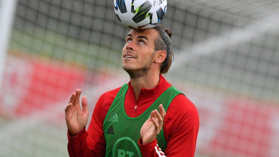 Fussball Transferticker Fc Liverpool Holt Diogo Jota Von Den Wolverhampton Wanderers Der Spiegel