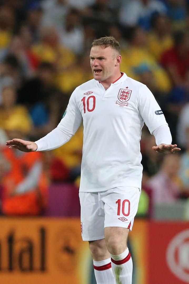 Tor geschossen, aber nicht begeistert: Wayne Rooney hat das Zeug zum EM-Maskottchen
