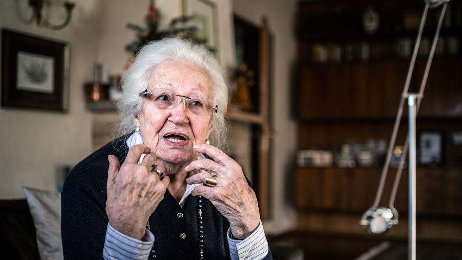 Erna de Vries