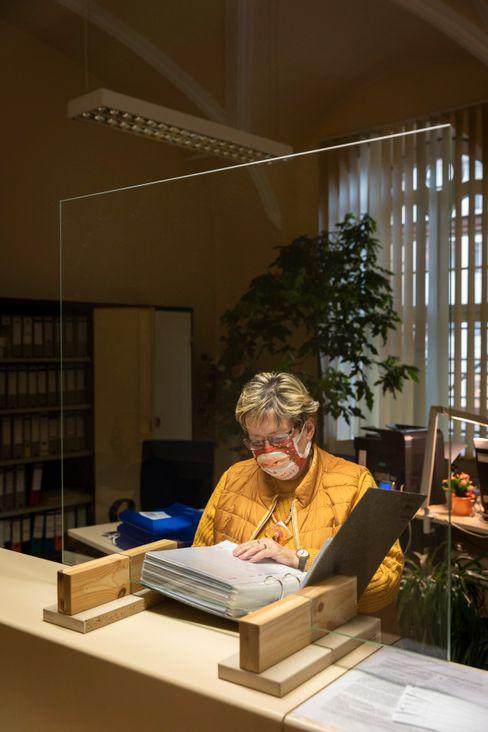 Standesamts-Leiterin Petra Wießner: »Man kann das nicht komplett von sich fernhalten«