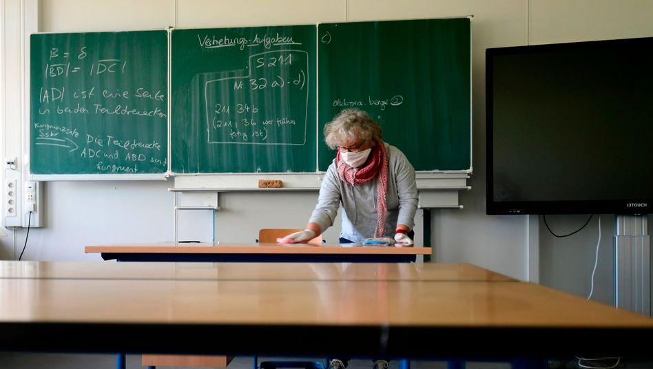 Der CDU-nahe Verband fordert schrittweise Öffnungen von Schulen und Kitas sowie für Hotels und Gaststätten