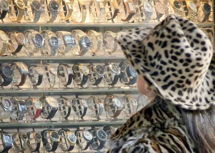 Luxusuhren-Verleiher auf der Königsallee in Düsseldorf
