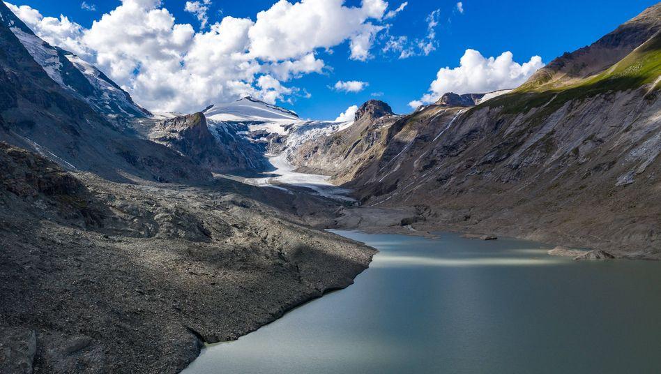 Der Gletschersee an der Pasterze, dem größten Gletscher Österreichs