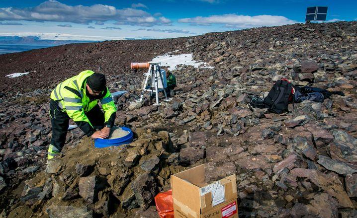 Seismometer an einem Vulkan in Island (Archivbild)