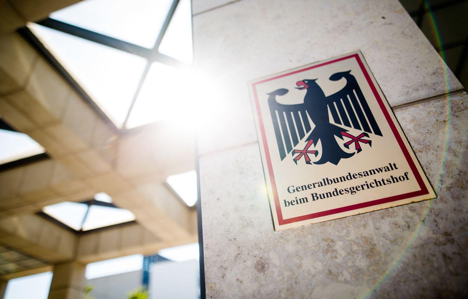 Rechtsextremistin aus Franken soll Brandanschlag geplant haben