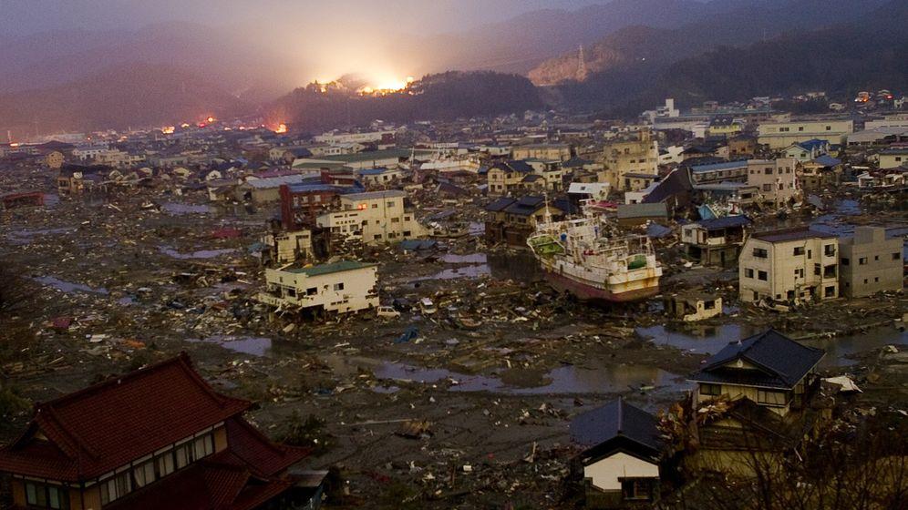 Japan: Einsatz in den Trümmern
