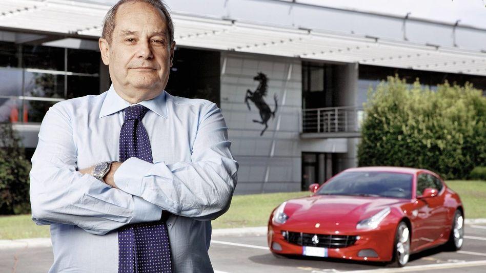 Ferrari-Chef Felisa vor dem Werk in Maranello: Keine Angst vor Biogurken