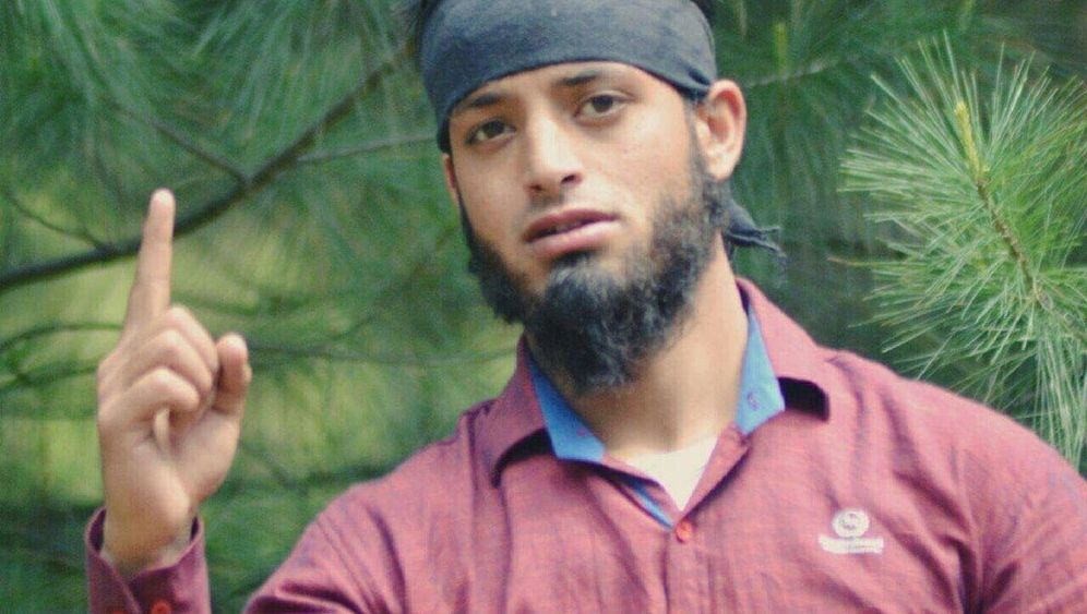 Fotostrecke: Radikale Islamisten in Kaschmir - Indiens verlorene Jugend